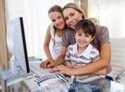 Работа дома в кругу семьи